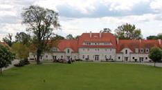 Das Gutshof in Kreisau, heute internationale Begegnungsstätte