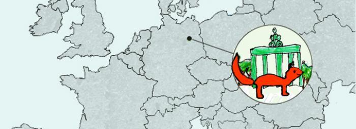 Europakarte mit Berlin im Zentrum. Dort sieht man einen Fuchs vor dem Brandenburger Tor