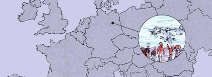Europakarte mit Berlin. Ein Flugzeug wirft Süßigkeiten für Kinder ab.