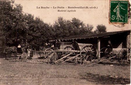 Garten. La Ruche, ein modernes Internat in Frankreich vor 100 Jahren