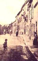 Saint-Mihiel to francuskie miasteczko, które kiedyś leżało na linii frontu. Uczniowie opowiadają historię miasteczka...